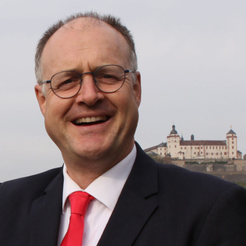 Prof. Steffen Hillebrecht
